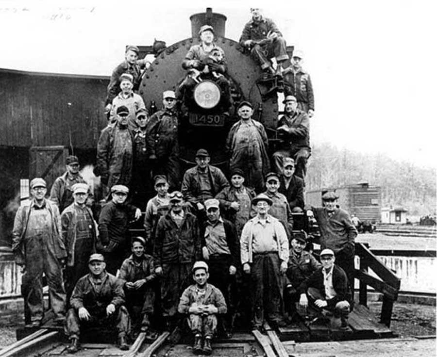 Last Steam Engine to Leave Corning Roundhouse « The Little