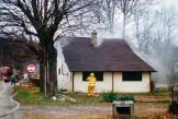 Buckingham-House-Fire5
